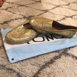 Size 7 Gold shimmer TOMS